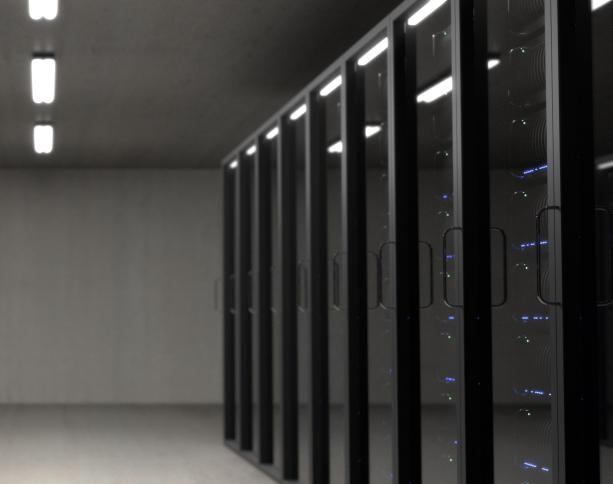 racks servidores em um data center